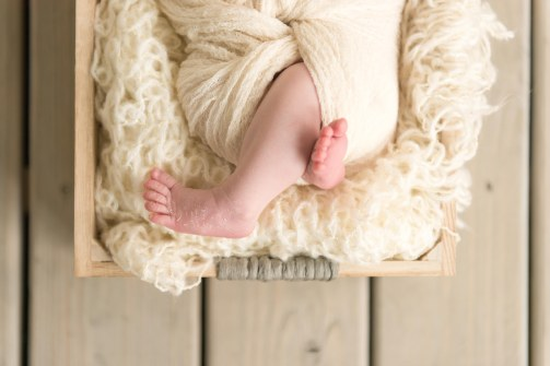 E Romaniw Newborn Session BLOG 16