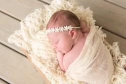 E Romaniw Newborn Session BLOG 17