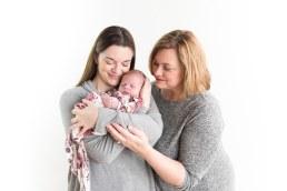 E Romaniw Newborn Session BLOG 6