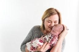 E Romaniw Newborn Session BLOG 9