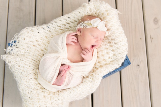 E Bonner Newborn Session BLOG 20