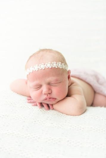 E Bonner Newborn Session BLOG 26