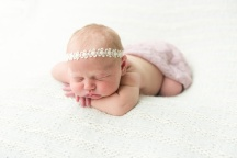 E Bonner Newborn Session BLOG 28