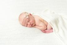 E Bonner Newborn Session BLOG 31